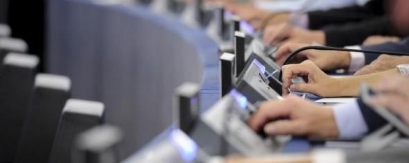 Az Európai Parlament egyhangúan elfogadta az új adatvédelmi rendeletet